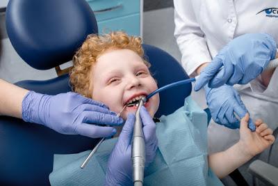Як підготувати дитину до першого огляду стоматолога?